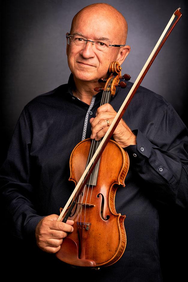 Yves Desmons, violon